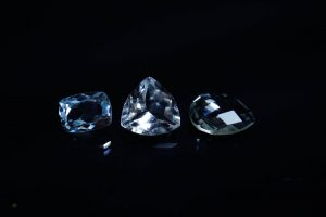 White Topaz: The Ultimate Guide to Meaning, Properties, Jewelry & Everything You Need to Know