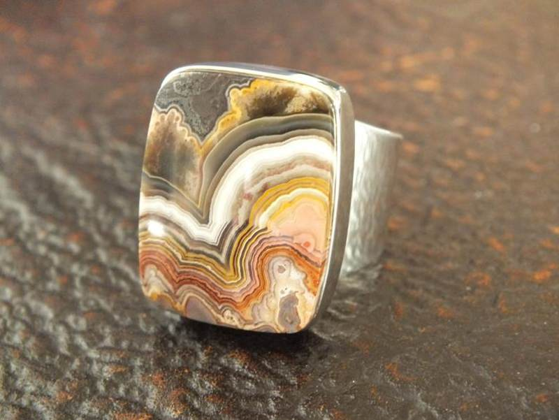crazy lace agate rings