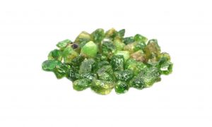 Green Garnet: The Ultimate Guide to Meaning, Properties, Uses
