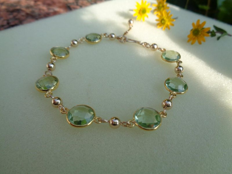 Gold Bracelet with Green Amethyst