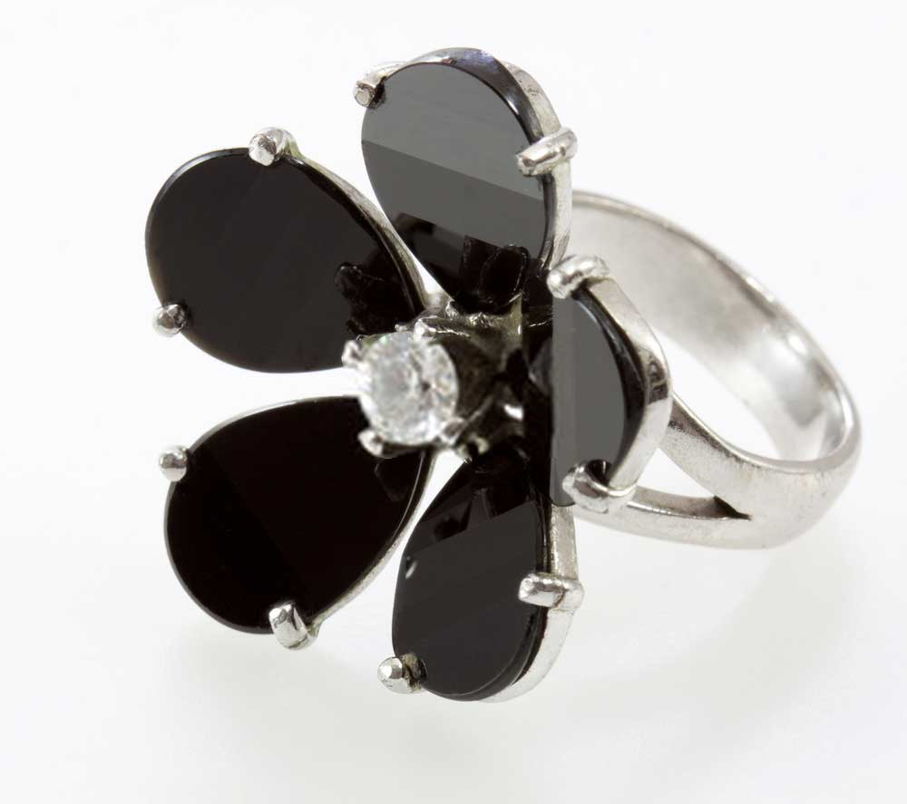 Black Onyx Ring with Flower Design
