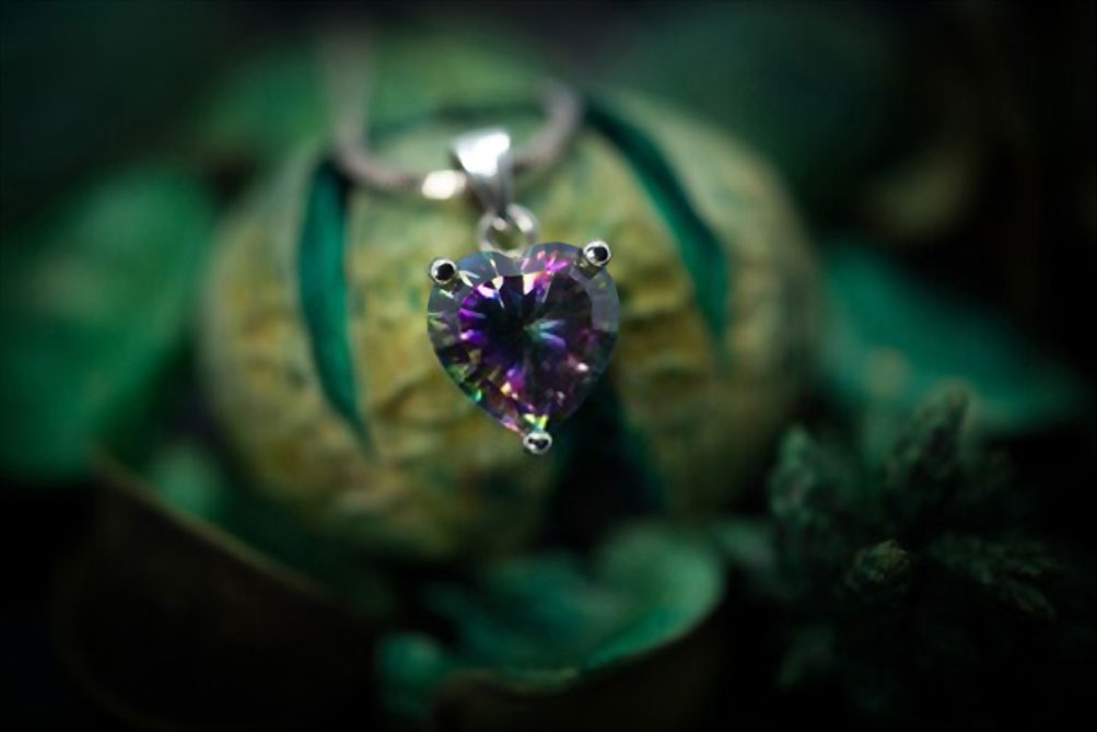 Heart-shaped Mystic Topaz